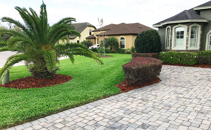 Lakeland area home that hired us for lawn maintenance.