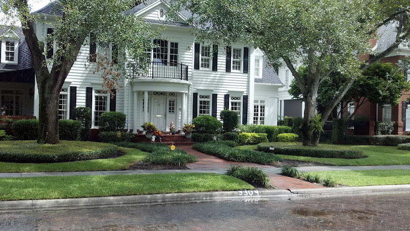 Colonial style house in Lakeland, FL.